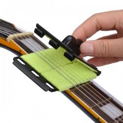 String Cleaner per Chitarra e Basso
